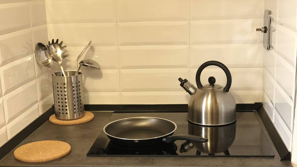 gh-collection-rome-gh-apartments-kitchen-23-07-18-17-06-58