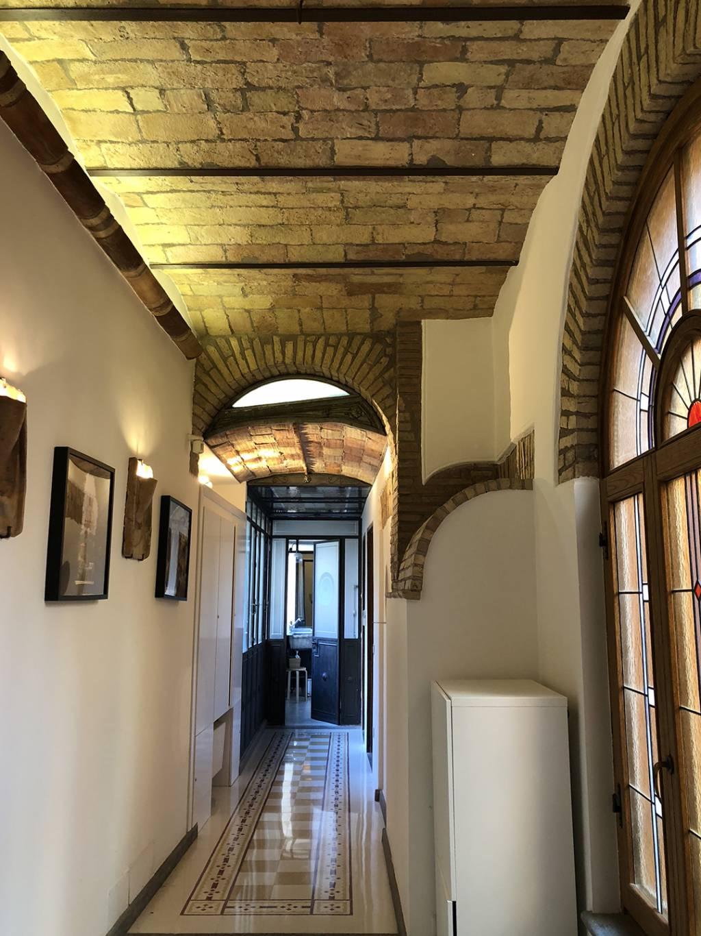 gh-collection-rome-gh-apartments-corridor-23-07-18-17-49-52