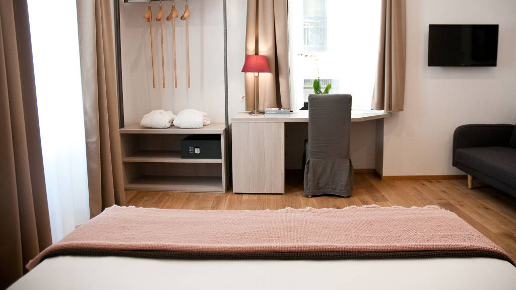 gh-collection-rome-giuturna-boutique-hotel-room-10
