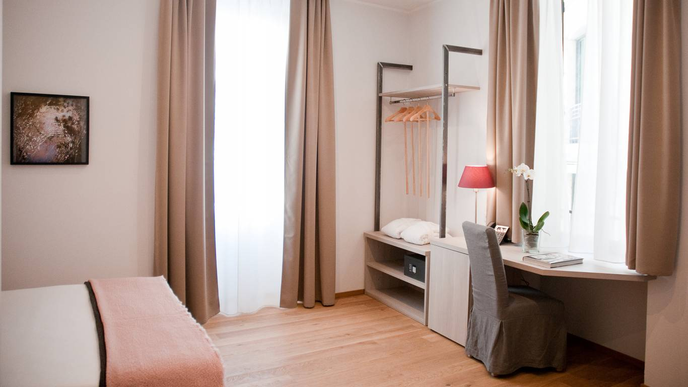 gh-collection-rome-giuturna-boutique-hotel-room-6