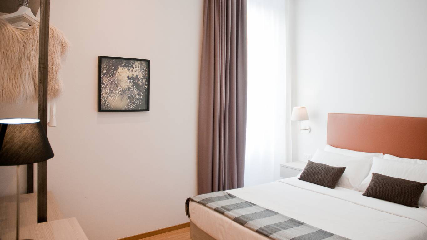 gh-collection-rome-giuturna-boutique-hotel-room-12