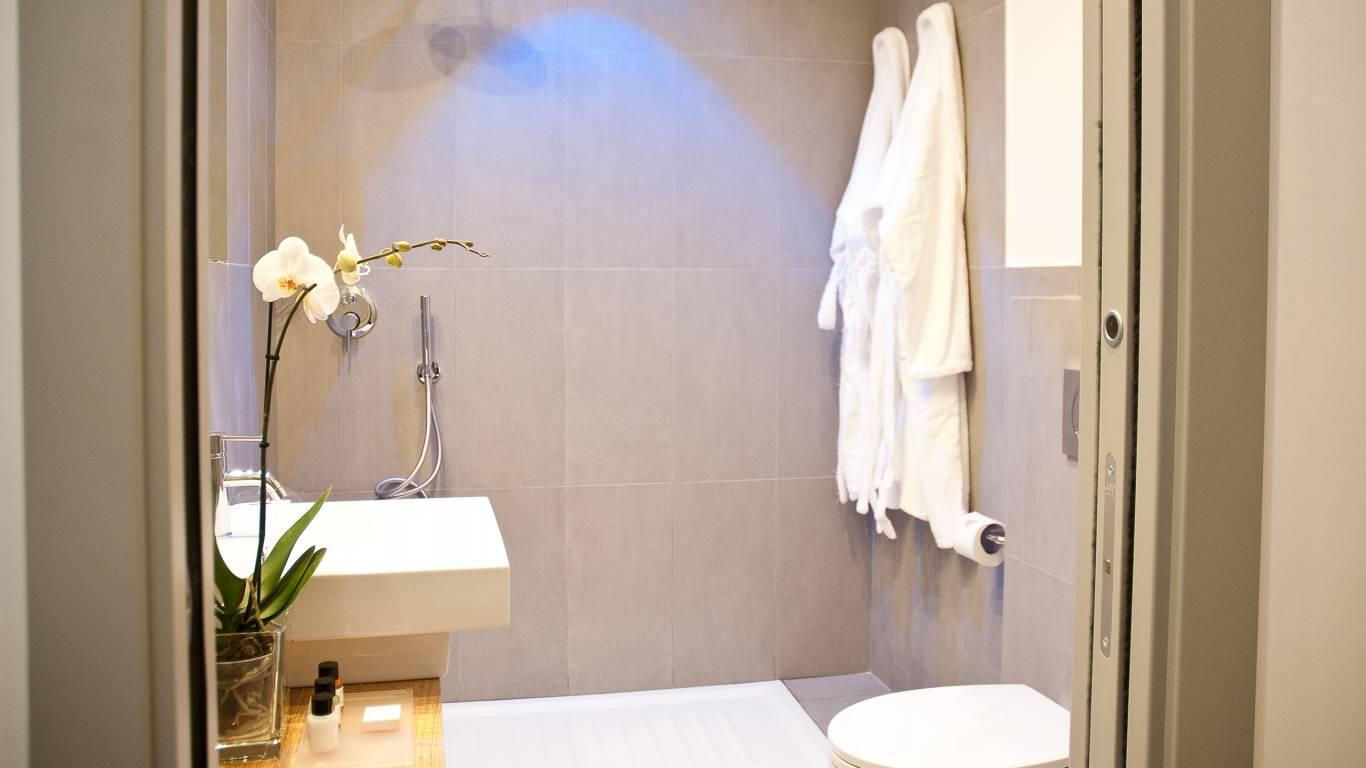 gh-collection-rome-giuturna-boutique-hotel-bathroom-2