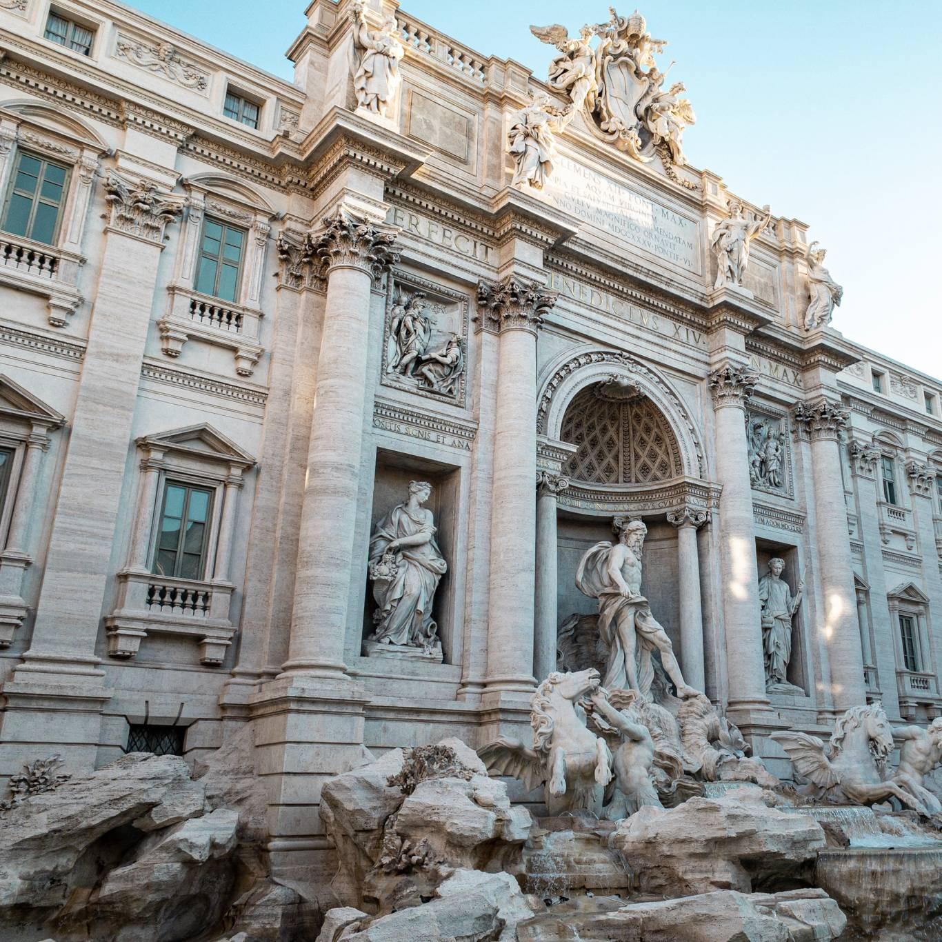 gh-collection-rome-trevi-fountain-2