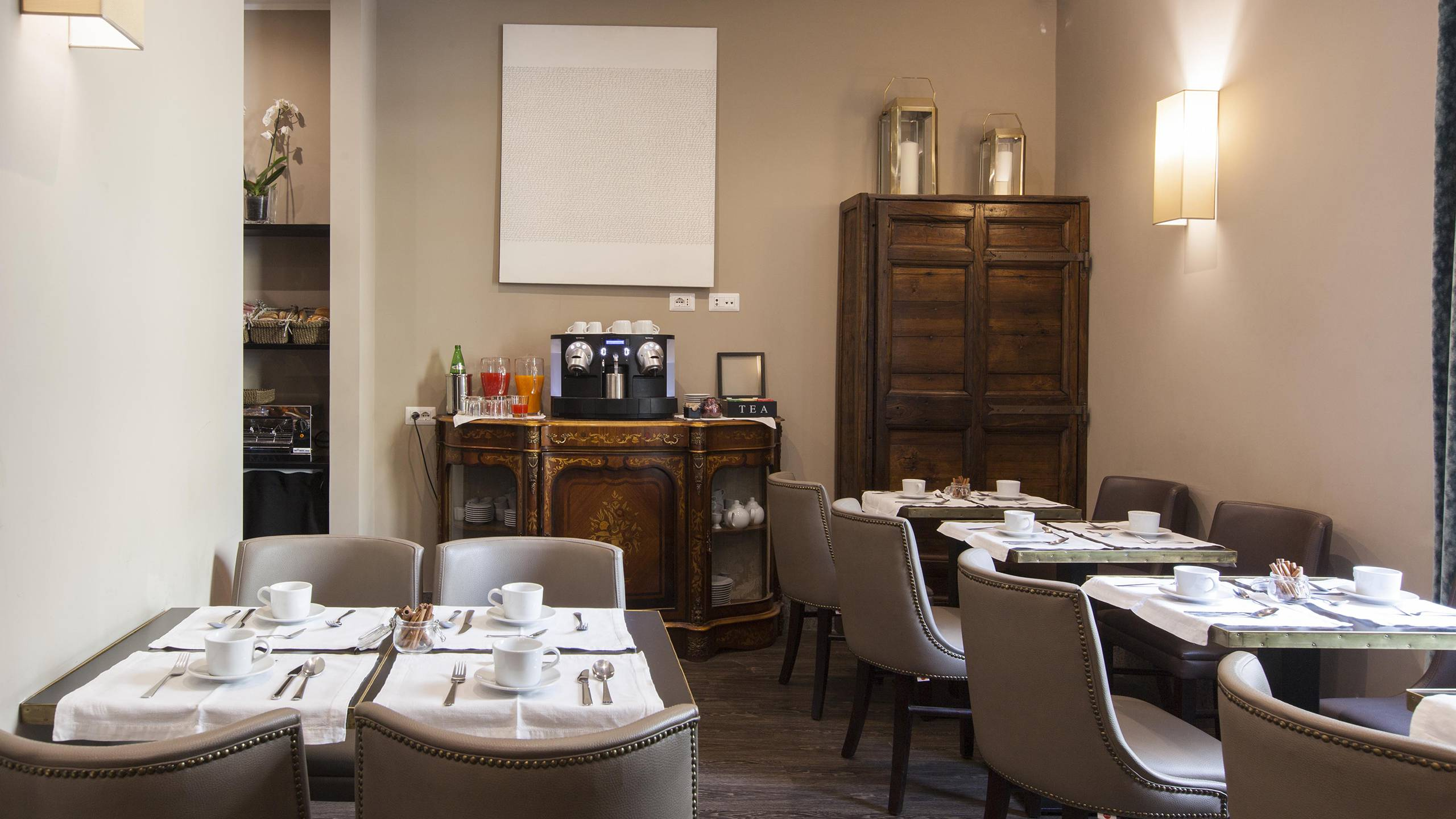 gh-collection-rome-breakfast-room-9-3885
