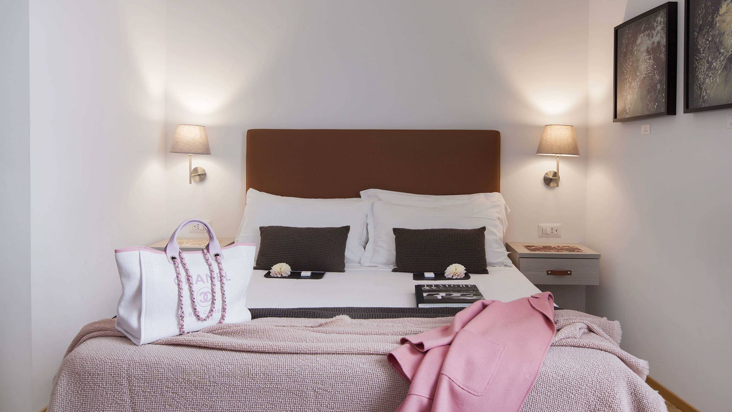 gh-collection-rome-giuturna-boutique-hotel-room-pink-2-4105